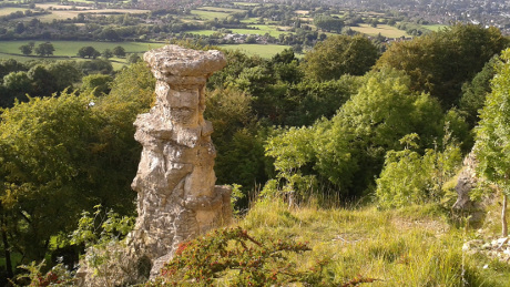Devil's Chimney, Cheltenham - Dog Walks Near Me